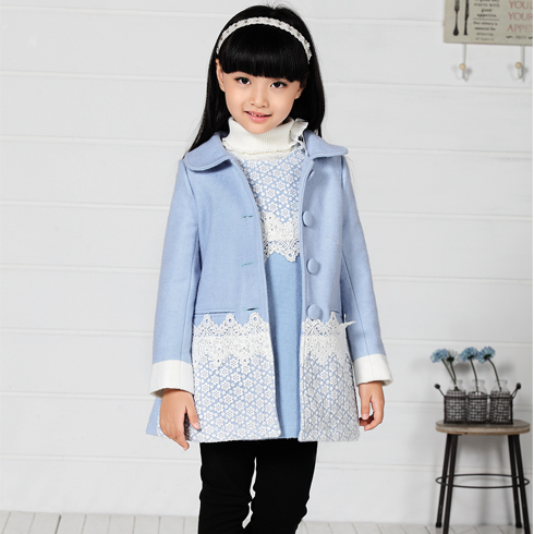 木木雨雨童装-新款天蓝色外套