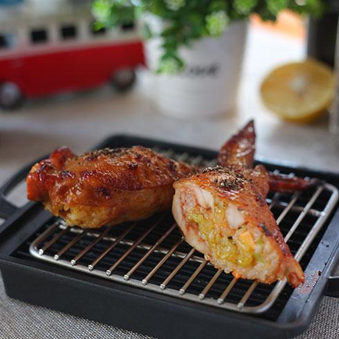 吉仕客-黑椒海鲜鸡翅包饭