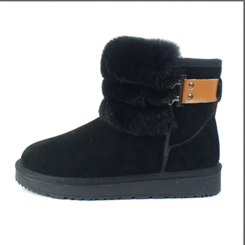 黑色冬季保暖短靴