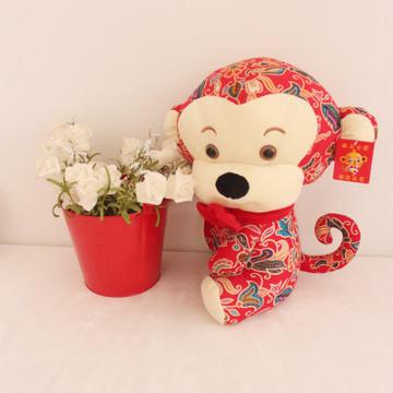 布艺猴子歪头抱抱猴毛绒玩具 婚庆专用公仔可爱创意厂家直销