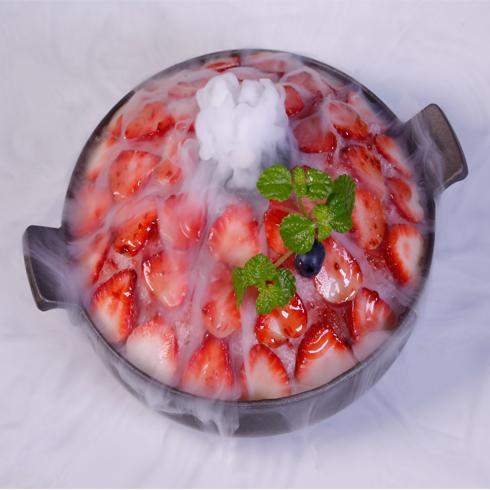 幸福起点雪冰-草莓刨冰火锅