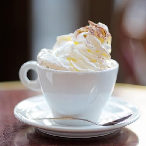 允儿雪冰-卡布奇诺冰淇淋咖啡