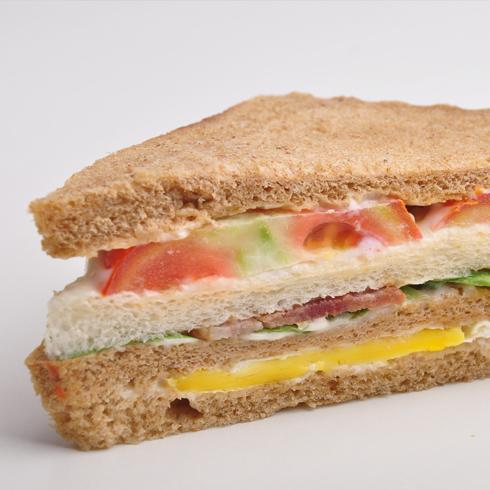允儿雪冰-芝士培根三明治
