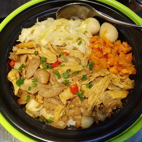 味湘语小吃-美味石锅饭