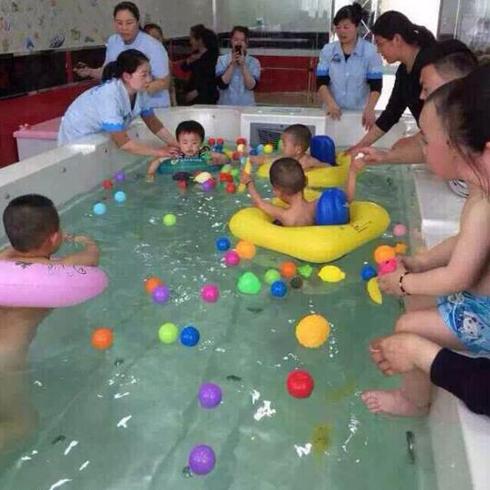 小鸭当家婴童水上乐园-婴幼儿泳池