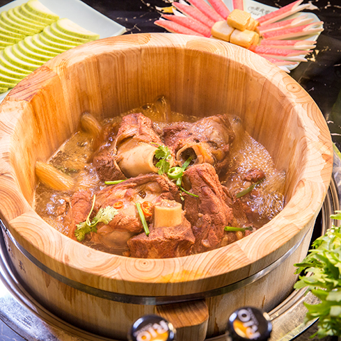 美食密码木桶滋滋锅-排骨美食