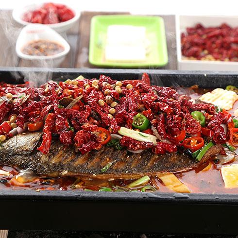 魔火厨炭火干锅-魔味金牌脆皮烤鱼