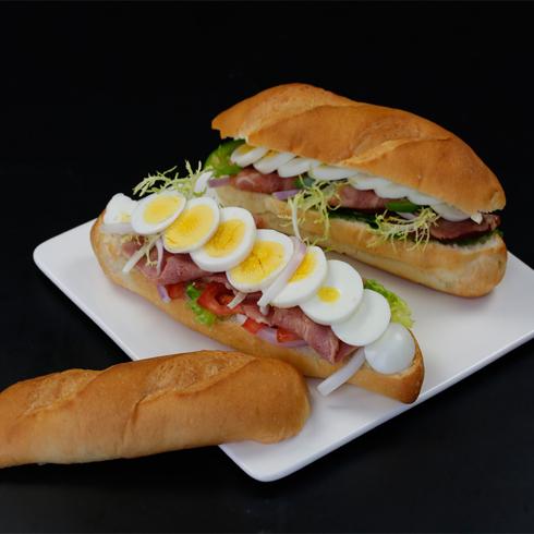 汉堡新语西式快餐-培根鸡蛋潜艇堡