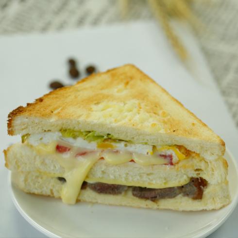 汉堡新语-意式牛肉鲜蔬三文治套餐