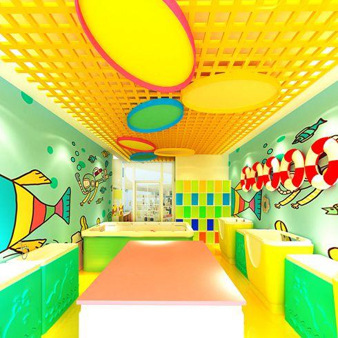 蓝宝童的室内游泳馆