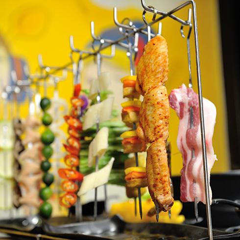 八品道台记锅食汇-八品串串