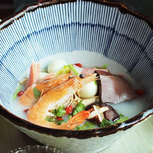 簋鱼锅啵啵鱼快餐-三鲜冒菜