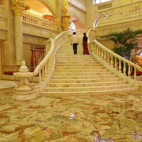 翡御石业新型石材-酒店石梯效果