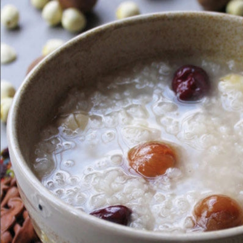 四季-桂圆莲子粥