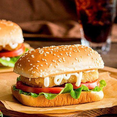 皇炸炸鸡汉堡-板烧鸡腿堡