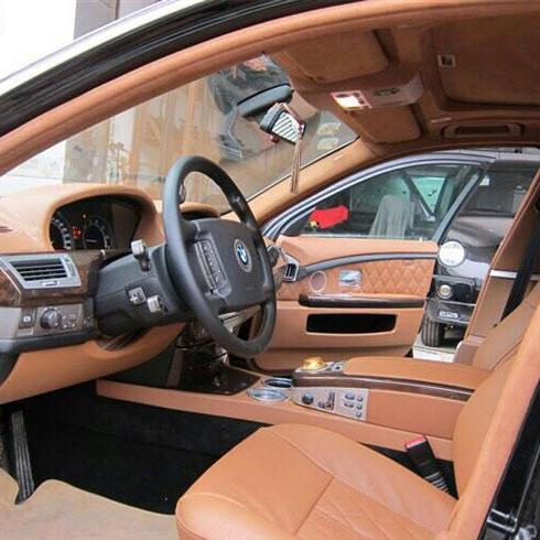 爱 車汽车服务-汽车驾驶室