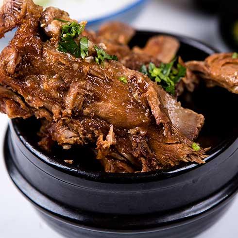 锅得缸坛子焖肉-特色坛子招牌卤肉