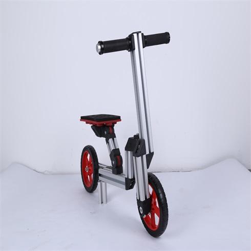 淘气神童魔变童车-二轮滑行车