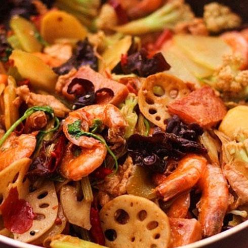 鱼乐煮义啵啵鱼-鲜虾干锅