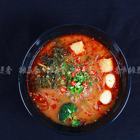 摊果香煎饼果儿-鹌鹑酸菜米线