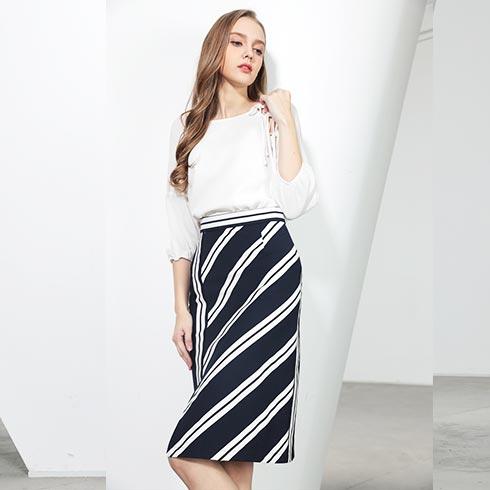 佰莉衣橱女装-条纹半身裙