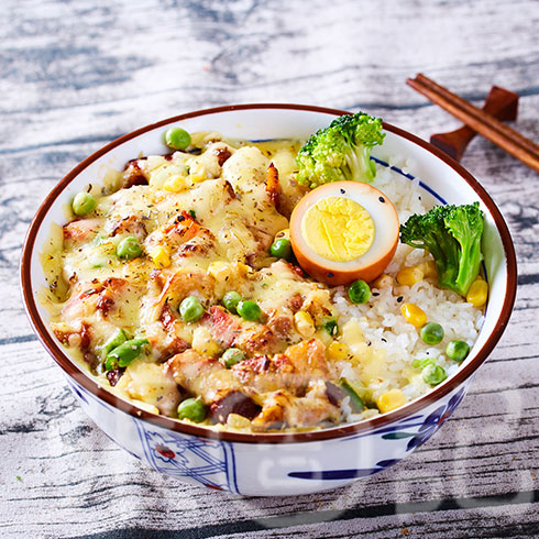 张吉记砂锅饭-特色肉焗饭