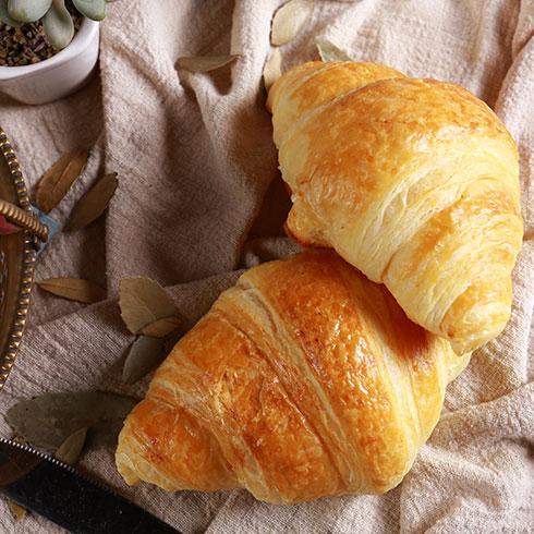 真麦粮品烘焙-牛角面包