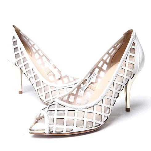 比爱靓点女鞋-白色细中跟鞋
