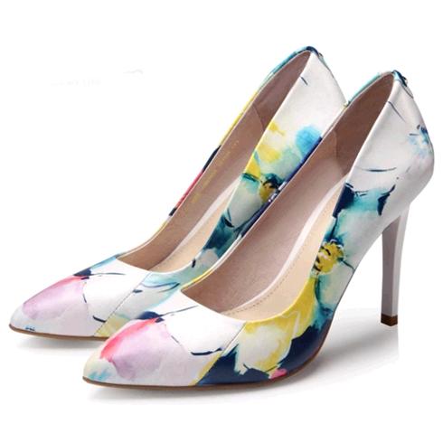 比爱靓点女鞋-印花细中跟鞋