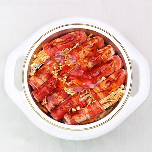 黄上煌三汁小焖锅-焖肉卷金针菇