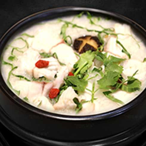满朝佰家养生粥铺-鲜鱼香菇粥