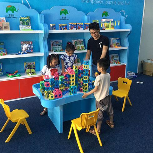迪吉象益智玩具体验馆-互动情景