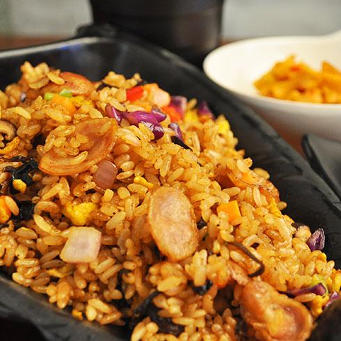 汉卤帝炒饭-香肠蛋炒饭