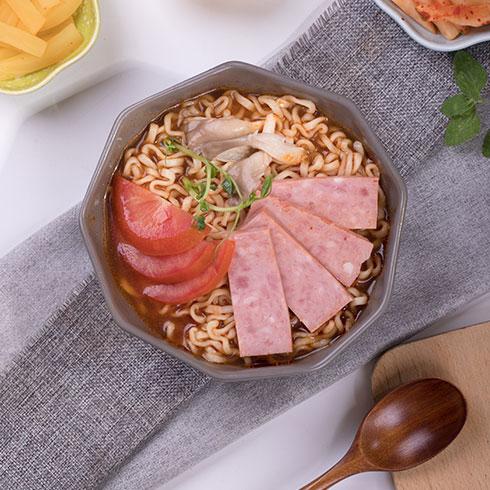 宜百味泡面小食堂-午餐肉韩式泡面