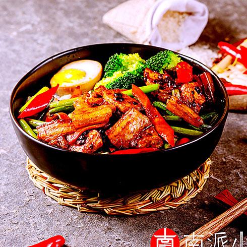 南派重庆小面-回锅肉饭