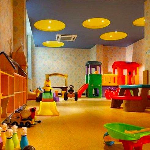 亲亲宝贝母婴用品店-儿童成长主题乐园