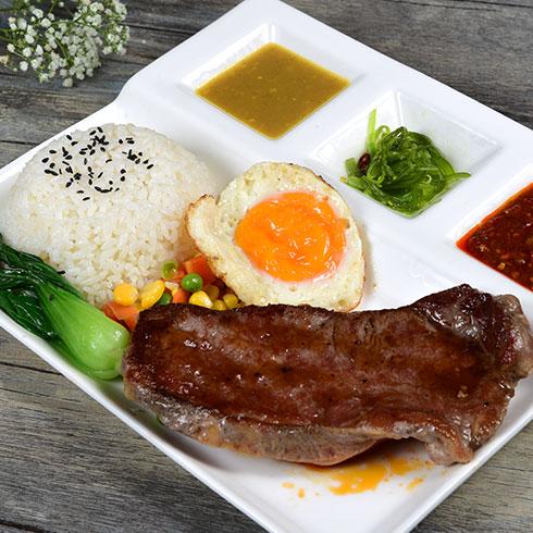 京百味快餐-美味牛扒饭