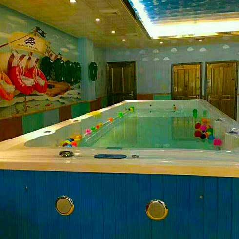 童博士婴幼儿游泳馆-幼儿游泳池