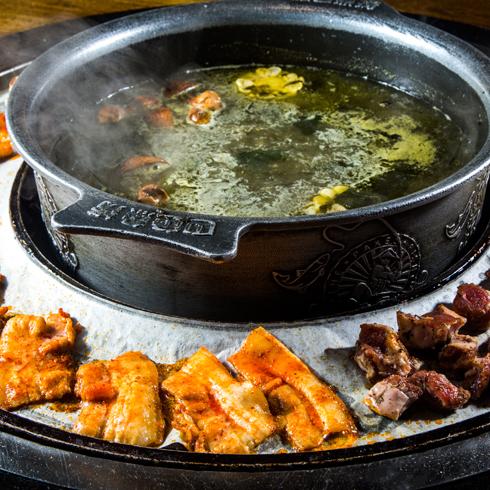 巴色鱼捞火锅-一鱼三吃
