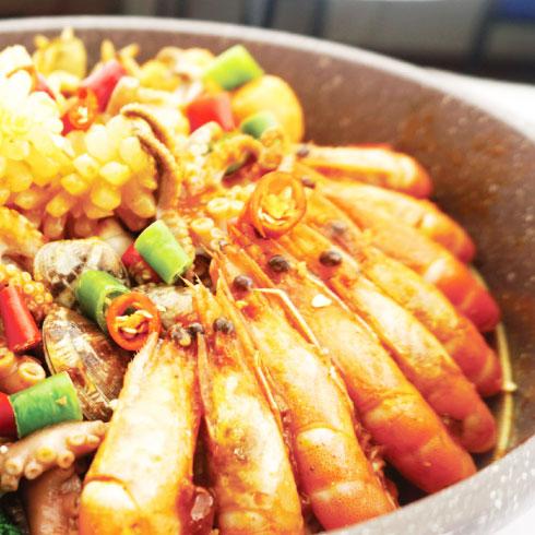焖掌柜焖锅-精品海鲜锅