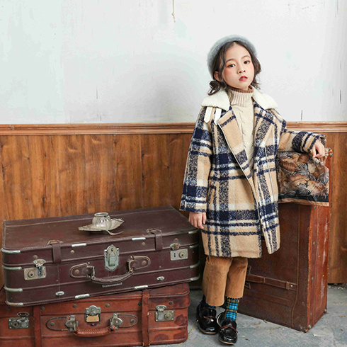 来自星星的宝贝童装-西装领格子大衣
