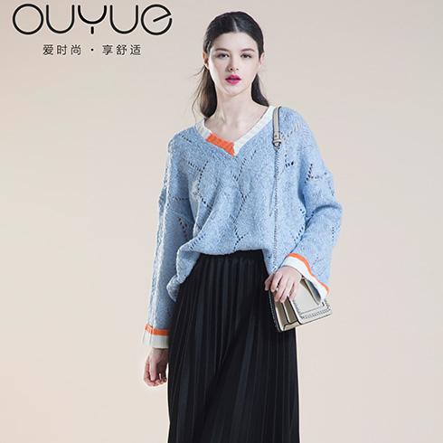 欧玥时尚女装-蓝色V领毛衣