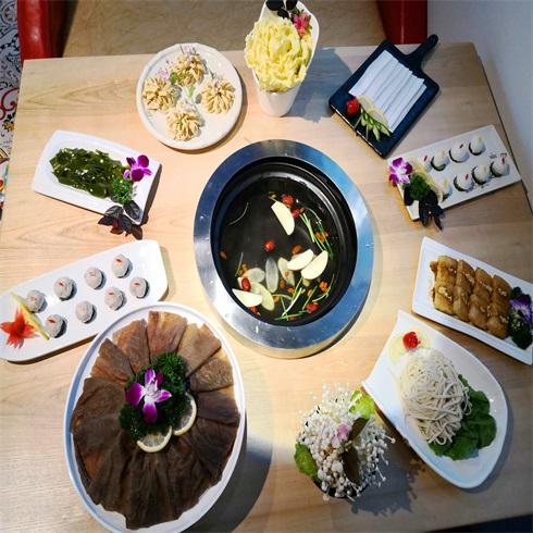 腩潮鲜牛腩火锅-养生锅底
