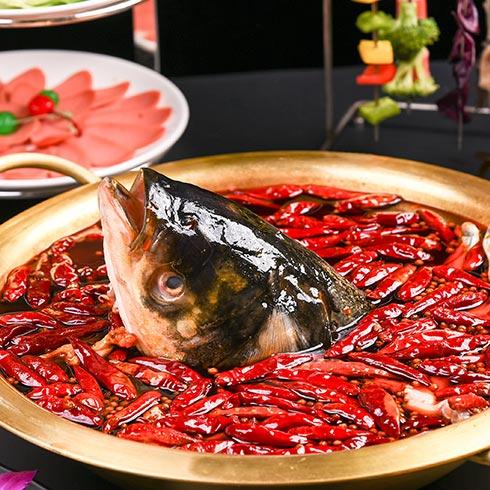 花龙阵炭火牛蛙-红汤鱼头