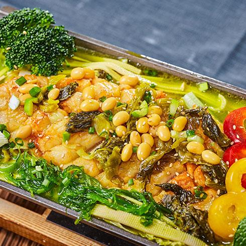 渔巴客烤鱼饭-酸菜烤鱼