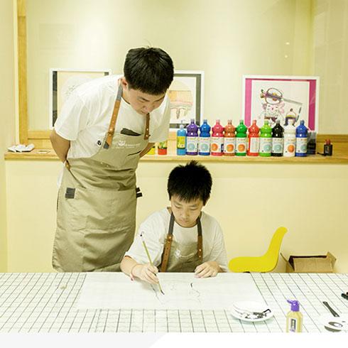 熊猫叔叔儿童美术-指导作画