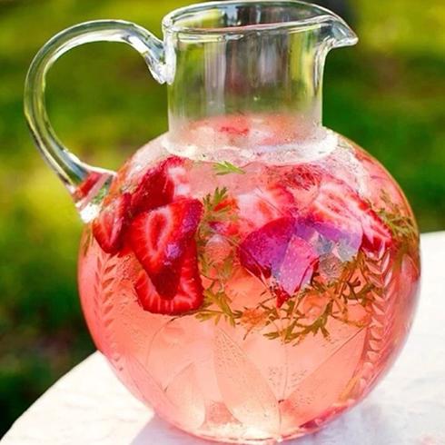 疯狂八戒-草莓花茶