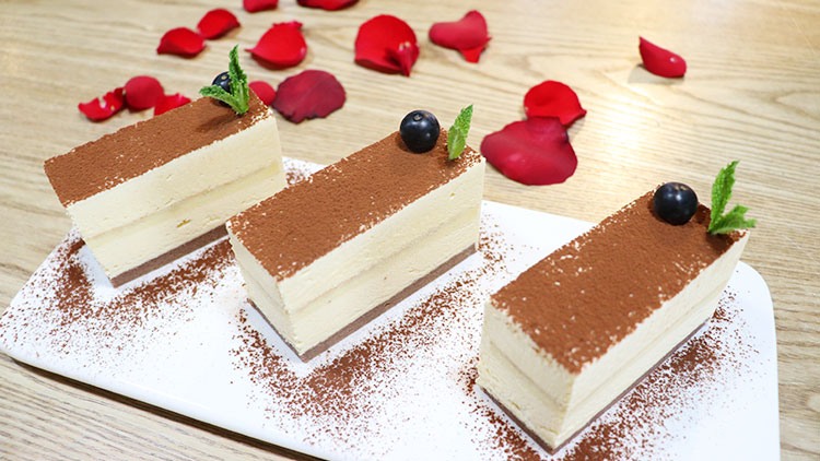 爱遇见-巧克力粉蛋糕