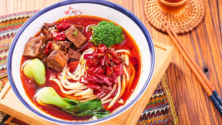 清悠面馆-香辣牛肉汤面