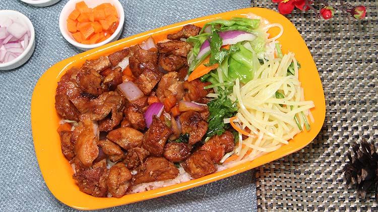 小饭桶-鸡腿烤肉饭